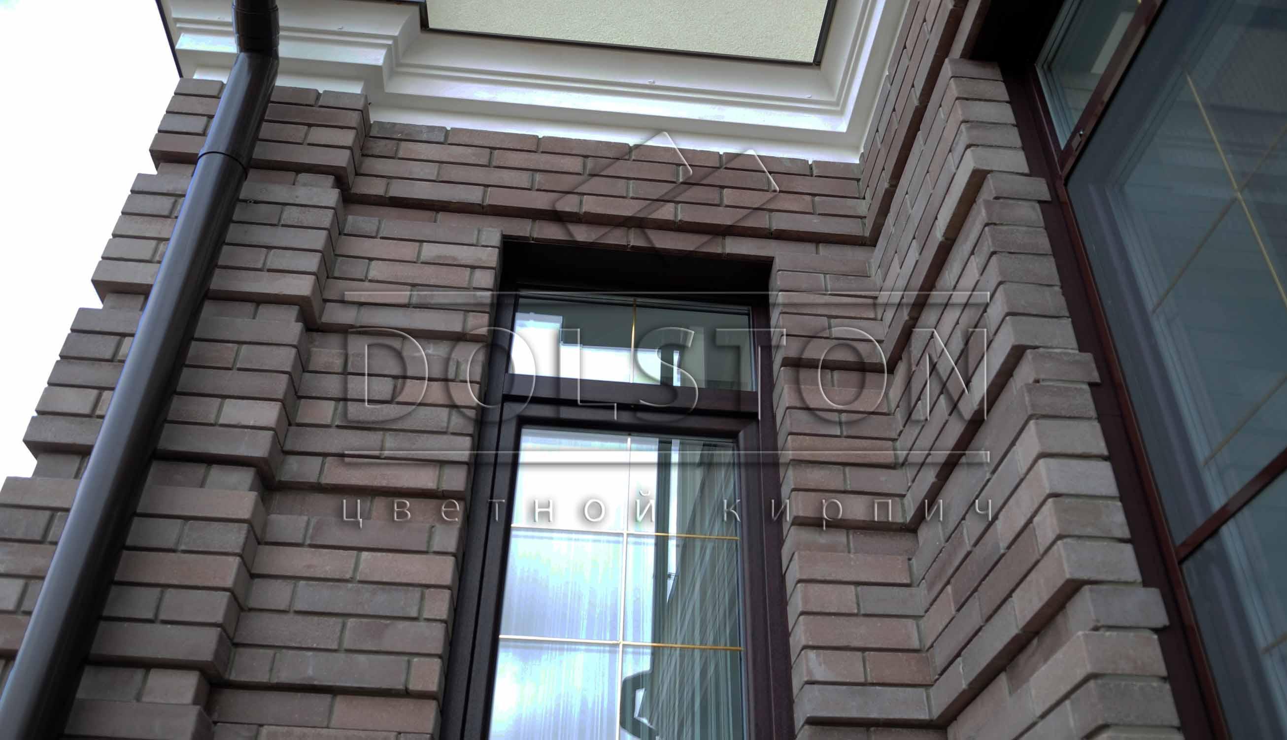 Окно коричневыый кирпич - фото №787