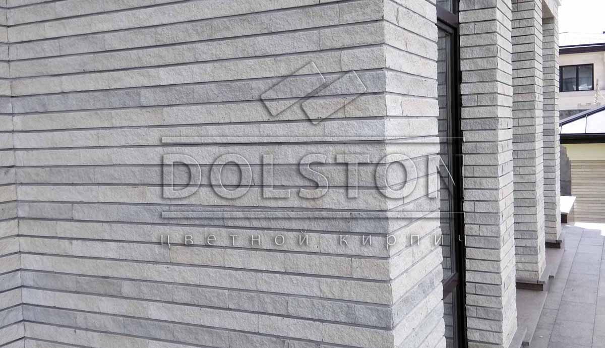 Фасадная плитка полосами